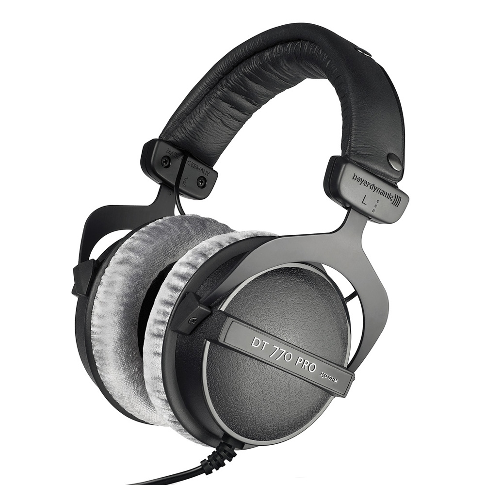 Beyerdynamic DT 770 PRO 250 OHM closed Dynamic Headphone